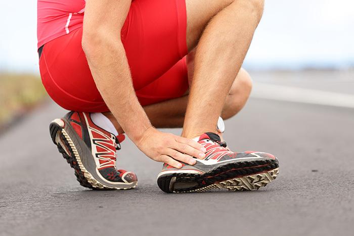 ข้อเท้าแพลง (Ankle sprain)